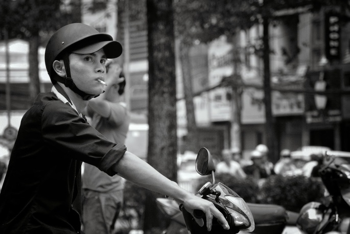 Vietnam Coolpix and V1 250_275BW