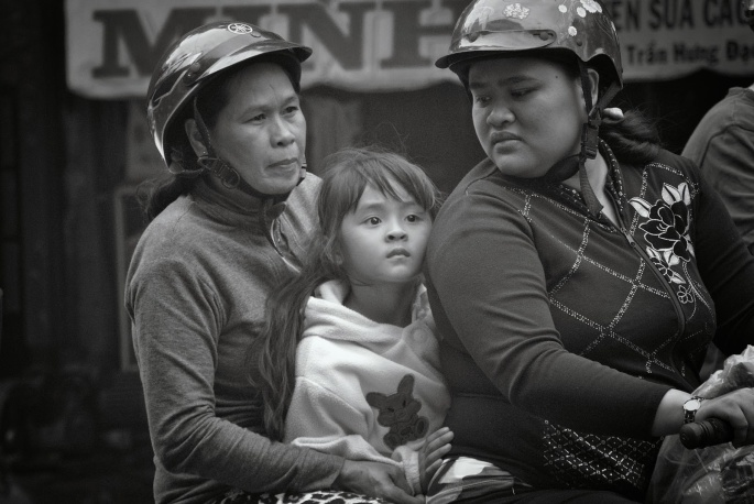 Vietnam Coolpix and V1 255_276BW